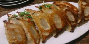姪浜餃子居酒屋 「門際飯荘」②